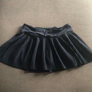 women's tennis skirt (lululemon)